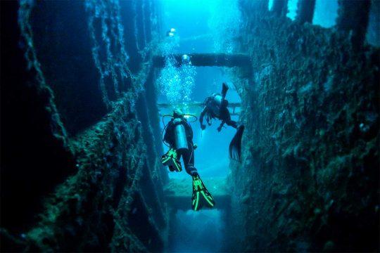 Santo Wreck Diving
